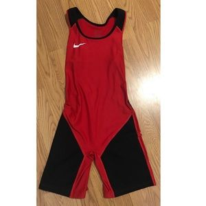 Nike women's weightlifting singlet